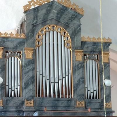 Jednomanuálový organ s pedálom I / P / 8 (5+3)